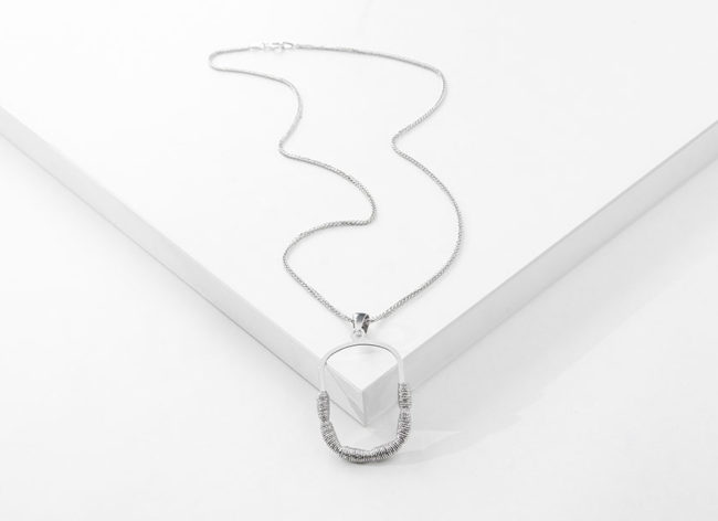 LURE OF JOY silver necklace_Charm Silver