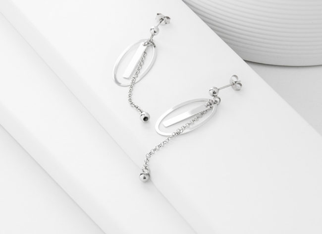 MOON STRINGS silver earrings_Charm Silver