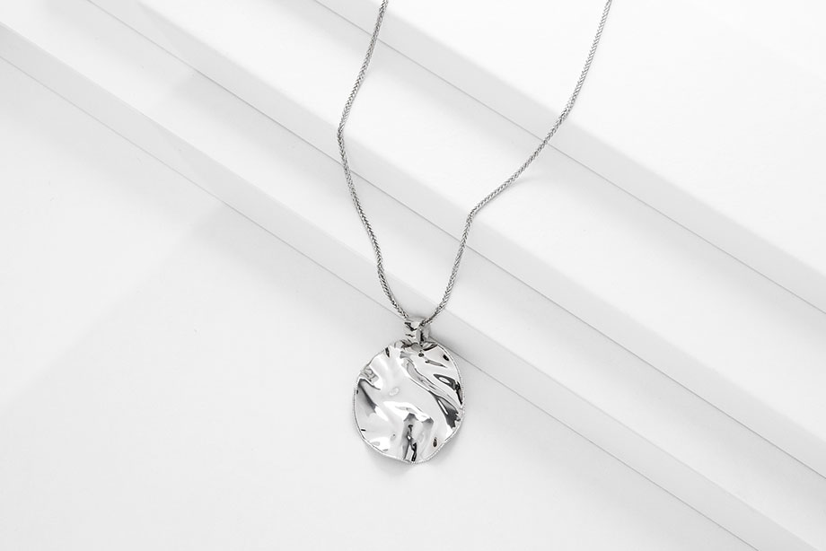 TRIUPMH DAY silver necklace_Charm Silver