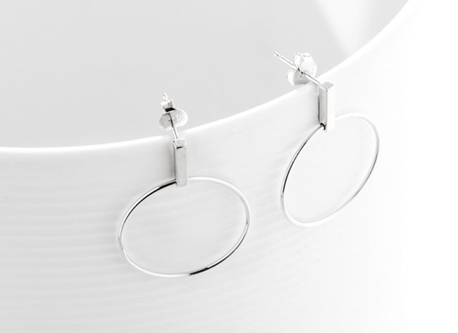 VELVET LOOP silver earrings_Charm Silver
